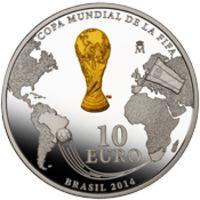 Аверс монеты «Футбол ФИФА Бразилия 2014 год»